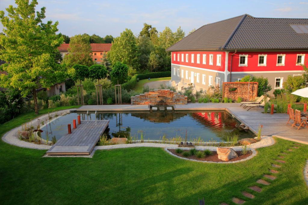 FREIRAUM Designgarten Swimming Pond