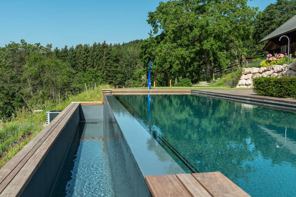 FREIRAUM Inifinity Pool