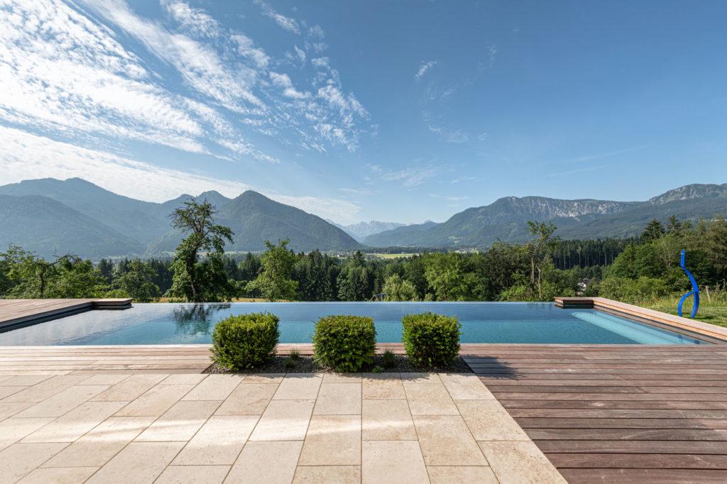 FREIRAUM Living Pool Berglage
