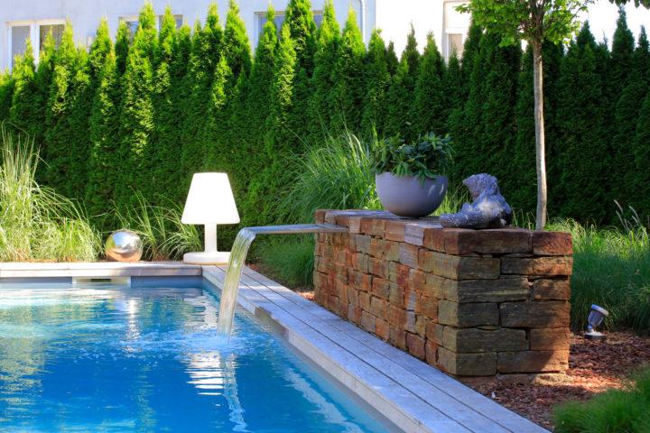 FREIRAUM Living Pool mit Wasserspeier