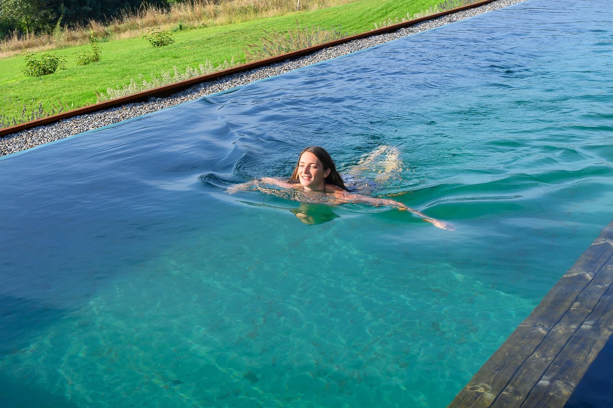 Keine Infektionen durch Coronaviren beim Schwimmen